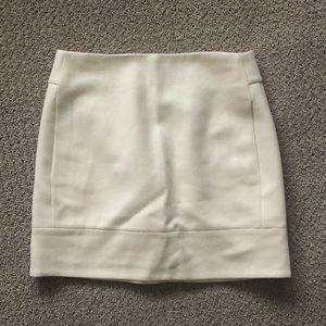J. Crew white wool blend skirt. Size 00